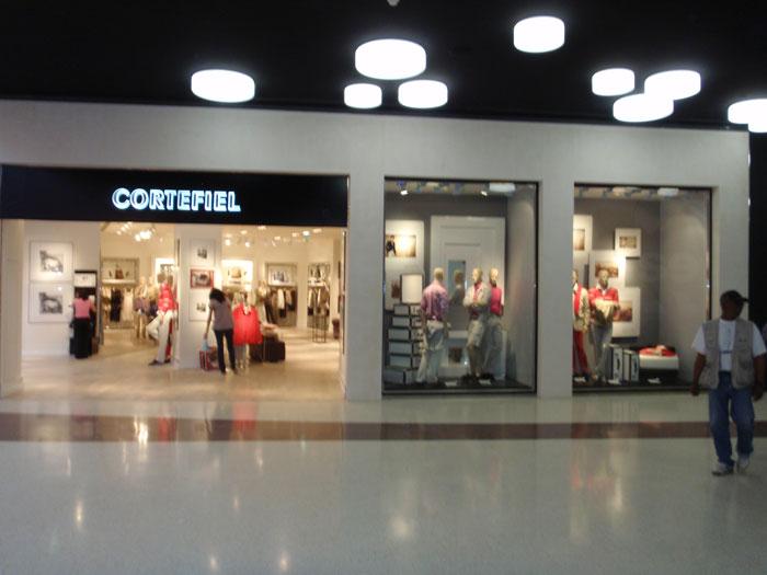 Carlos & Lacerda - Lojas Grupo Cortefiel